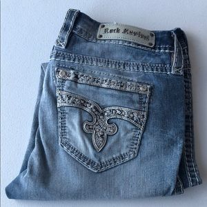 WORN ONLY A FEW TIMES. Rock Revival ankle skinny's